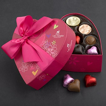 Sweetheart Valentine Chocolate Heart 18pc made in Vermont